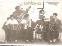 la-glorieta-1952-nelo-patronelli-cantelli-papa-osvaldo-cattorini-y-en-la-guitarra-creo-que-magno